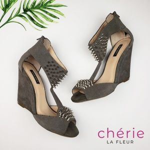 SHOEMINT | Lori Spiked Suede Wedges - Grey - 7
